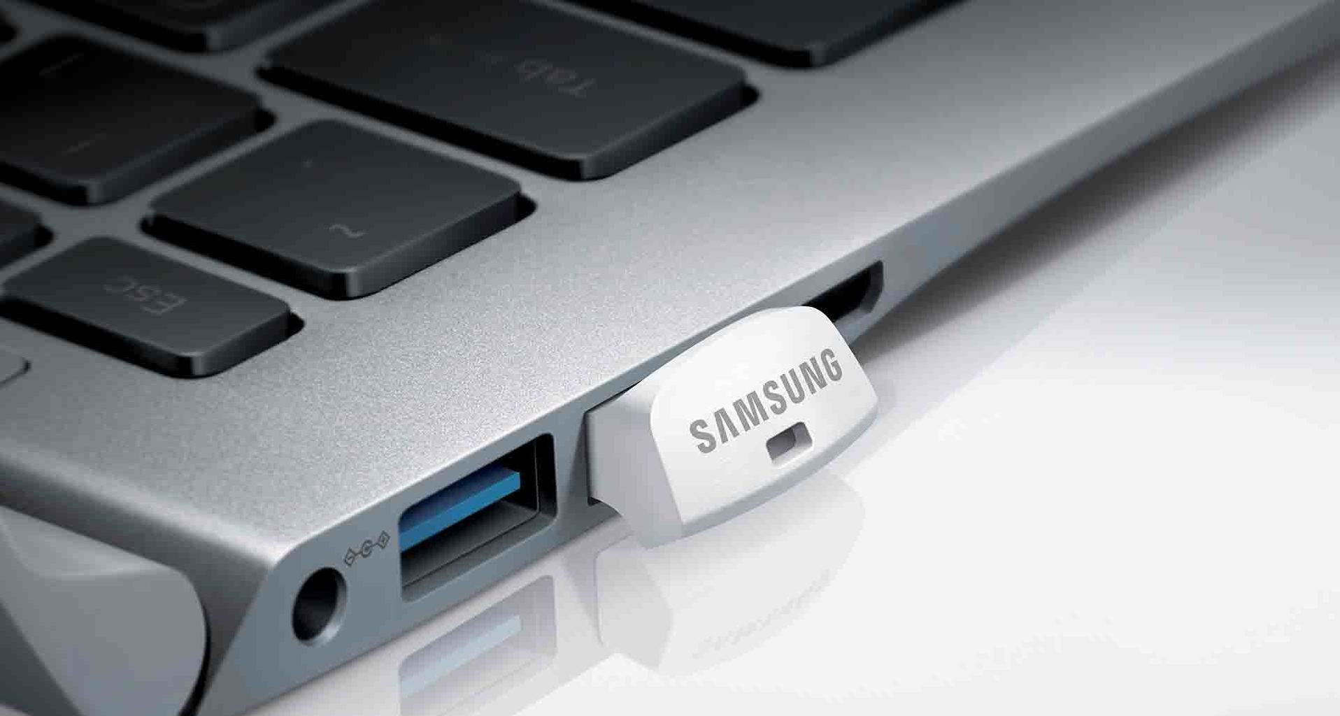 Samsung Fit Into the laptop