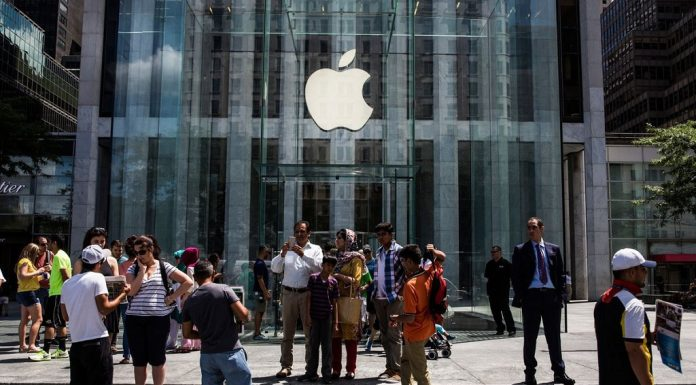 Apple's First-Ever 'Town Square' Is Its Most Beautiful Retail Store