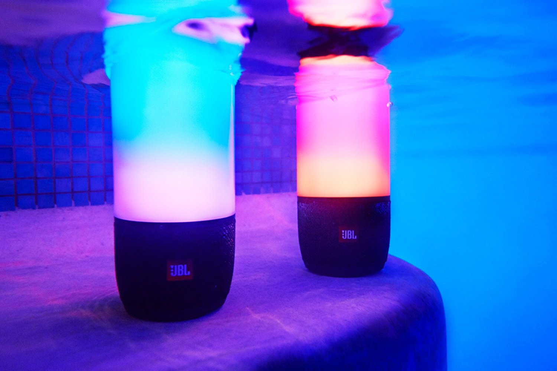 Jbl Pulse 3 Review In 2018 Leader In Portable Speakers