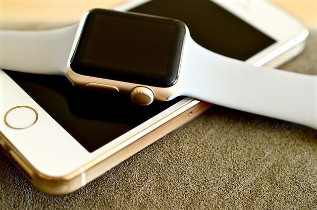 apple-watch-iphone-apple-technology